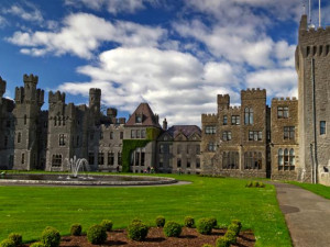article_ireland_best-castles_ashford-castle.rend.tccom.616.462.jpeg