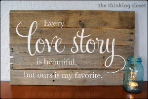 ... for this gorgeous sign using Vinyl Lettering at The Thinking Closet