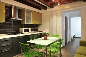 Foto Kitchen Island Table...