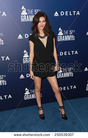 LOS ANGELES - FEB 5: Victoria Justice at the Delta Air Lines Toasts ...