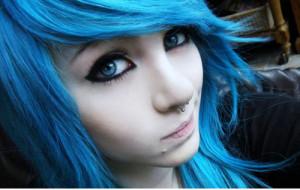 blue hair color idea on Amber McCrackin. This girl rocks blue hair ...