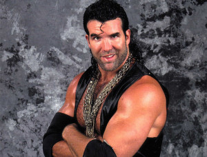 scott-hall-with-his-chain-1426324007-2345664.jpg