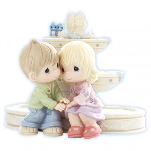 Precious Moments - Love Is The Fountain Of Life
