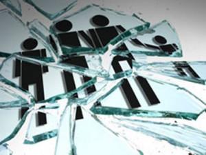 broken-family-glass1