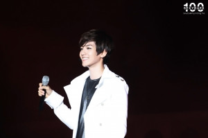 Baek-Hyun-Yeosu-EXPO-2012-baek-hyun-31453703-1280-853.jpg