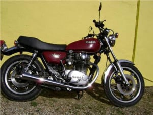 http://www.motorcycle.com/specs/yamaha/cruiser/2011/stryker/base.html