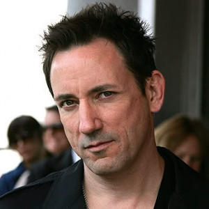 Jon Hamm = Jimmy Chamberlin