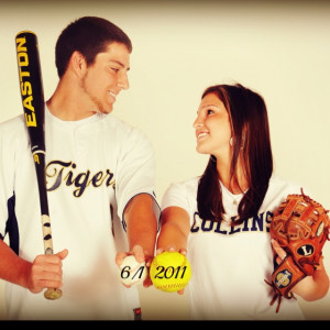 How cute! I want a baseball player!(: