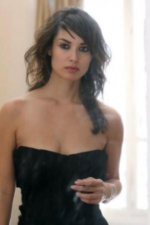 Thread: Berenice Marlohe: New Bond Girl