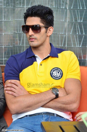 Vijender Singh at FUGLY promotional event - photo 2