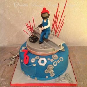 The welder - by oriettabasso @ CakesDecor.com - cake decorating ...