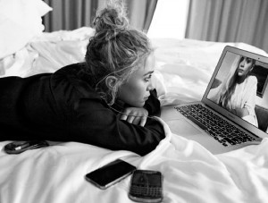 MKA MARY KATE ASHLEY OLSEN STYLE FASHION BLOG ON SKYPE 2012 CFDA ...