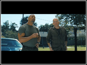Photo: Dwayne Johnson (Roadblock) and Bruce Willis (Joe Colton) in G.I