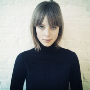 ... Campbell Haircuts, Campbell Amazing, Black Polar, Edie Campbell, Girls