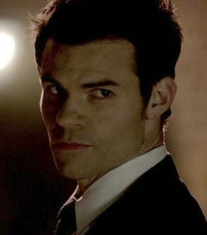 Elijah Mikaelson - The Vampire Diaries Wiki - Episode Guide, Cast ...