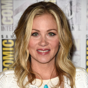 christina applegate when struggling with the disease christina ...