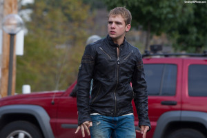 Bates Motel Max Thieriot Photos,Photo,Images,Pictures,Wallpapers