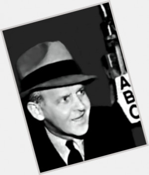 walter-winchell-quotes-9.jpg