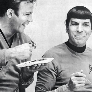 Shatner and Leonard Nimoy eating pieGeek, Lunches Breaking, Real Life ...