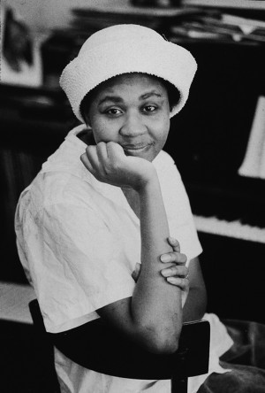 Portrait of author Jamaica Kincaid at her apartment on Hudson Street ...