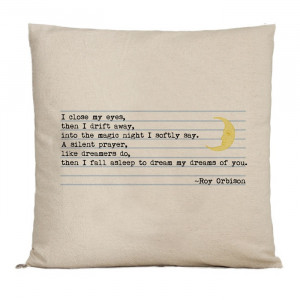 quote pillow to embroider