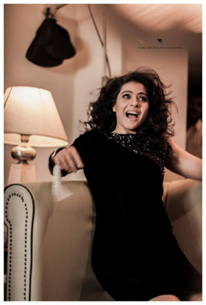 Evergreen beauty Kajol Devgan behind Filmfare photoshoot 2013
