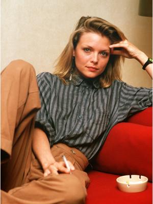 Michelle-Pfeiffer-michelle-pfeiffer-24757984-801-1066.jpg