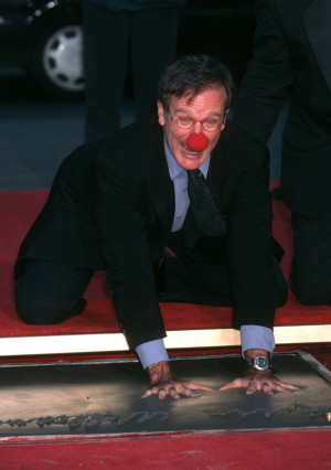 Robin Williams Dead: Remembering The Actor And Comedian With 20 Of His ...