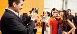 Alia Bhatt snapped with her idol Kareena Kapoor Khan