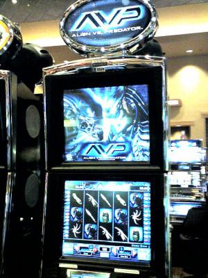 Alien vs Predator – You got an alien slot machine, you also get an ...