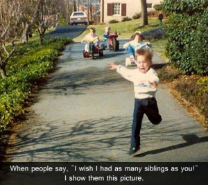 The Best And Worst Of Siblings Being Siblings – 17 Pics