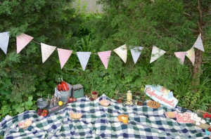 Summer Picnic Party Via Karaspartyideas Outdoor