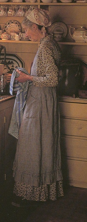 Tasha Tudor always wore an apron at home. (No link, but love this ...