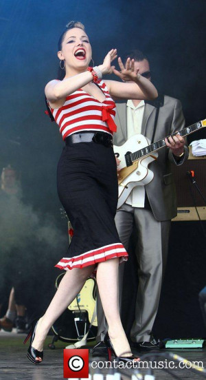 Imelda-Performing-2011-Cornbury-Music-Festival-Oxfordshire-imelda-may ...