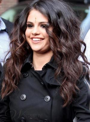 Selena Gomez Curly Hair