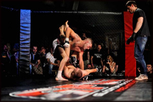 Cage Fight Cage Cagefight-060713-0723