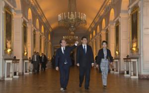 François Hollande, le président chinois Xi Jinping et son épouse ...