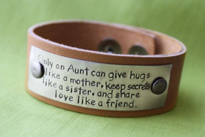 Customized Leather Bracelet - Awesome Aunt Quote - Hand Stamped