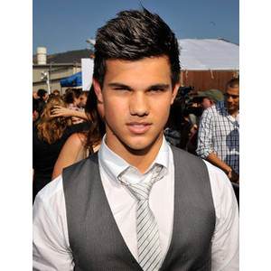 Taylor Lautner Quotes - New Moon Interview with Taylor Lautner - Seven ...