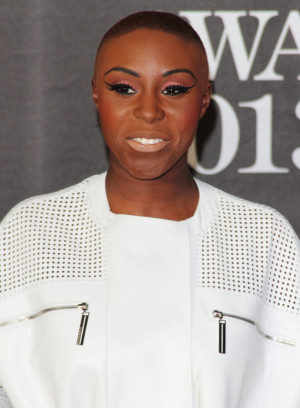 Laura Mvula Pictures