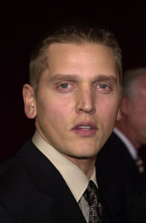 Barry Pepper Pictures