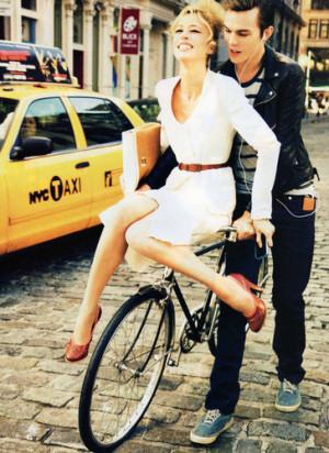 Bike Style - Chic on Wheels.