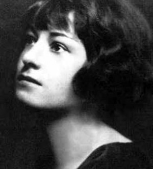 Quotations | Dorothy Parker on Beauty