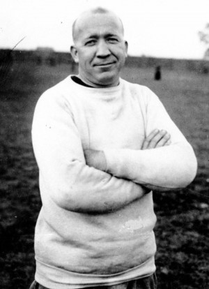 Knute Rockne died in a plane crash at age 43 at the height of his ...