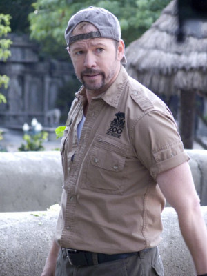 Still of Donnie Wahlberg in Zookeeper (2011)
