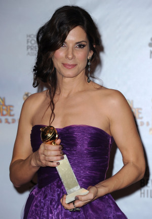 Sandra Bullock Rides Her Blind Side High to the Golden Globes Press ...