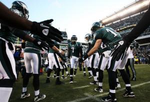 , PA - JANUARY 09: Michael Vick #7 of the Philadelphia Eagles ...