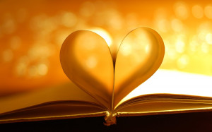 Book Pages Heart Light Photo HD Wallpaper