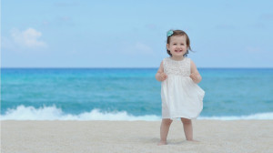 Happiness Beach Girl | 1366 x 768 | Download | Close