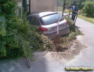 ... accidents, funny car accident, mobile image, accidents wallpaper